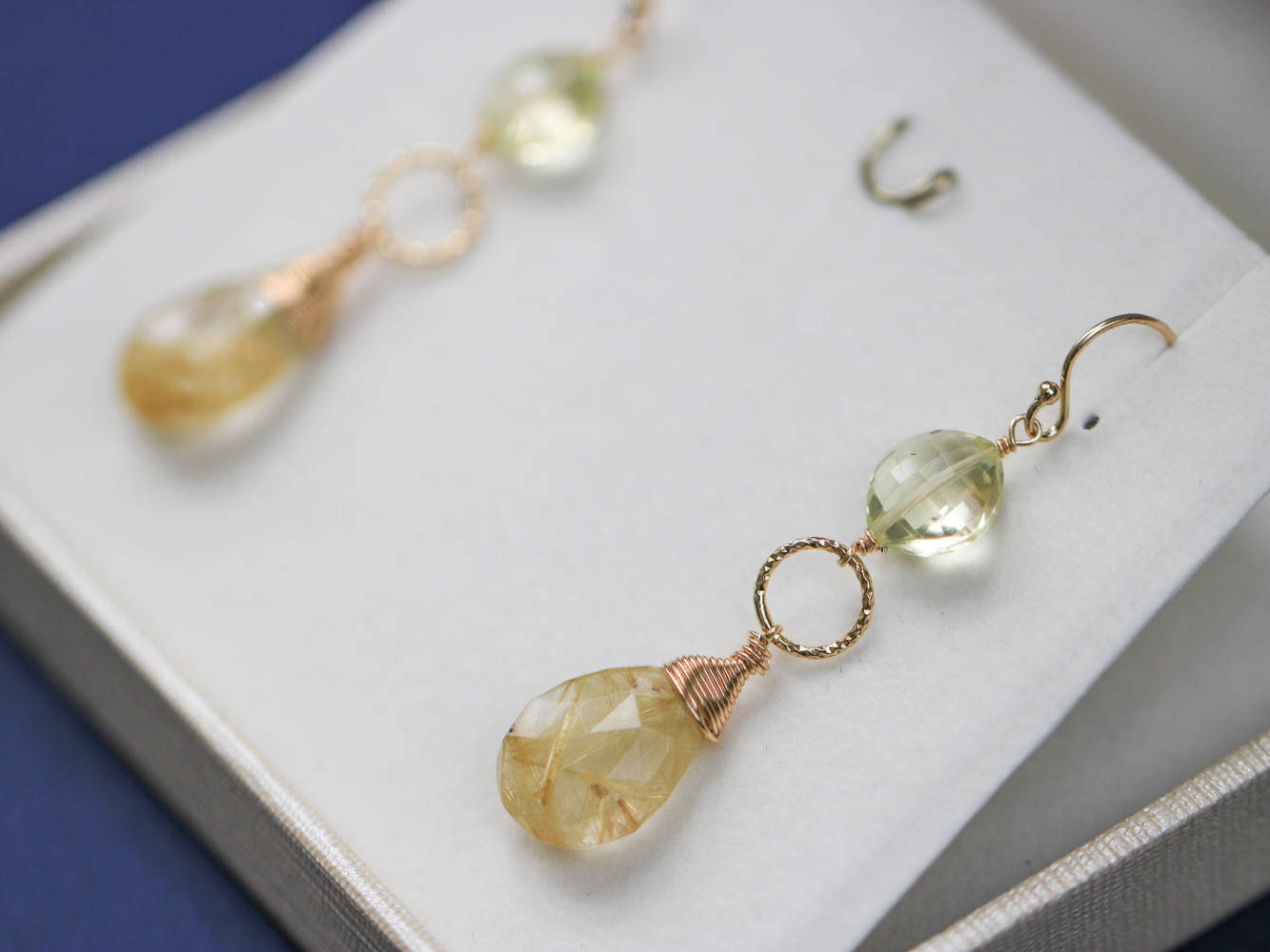 Golden rutilated quartz earrings with lemon quartz in gold for Golden rutilated quartz jewelry