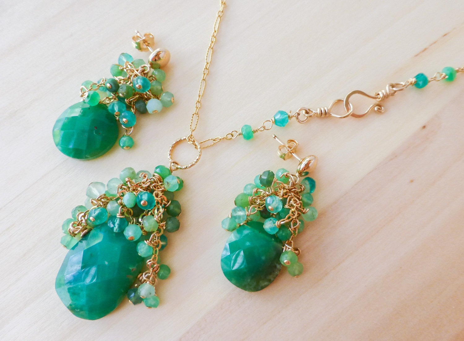 Green chrysoprase necklace and earrings in gold filled for Gold filled jewelry