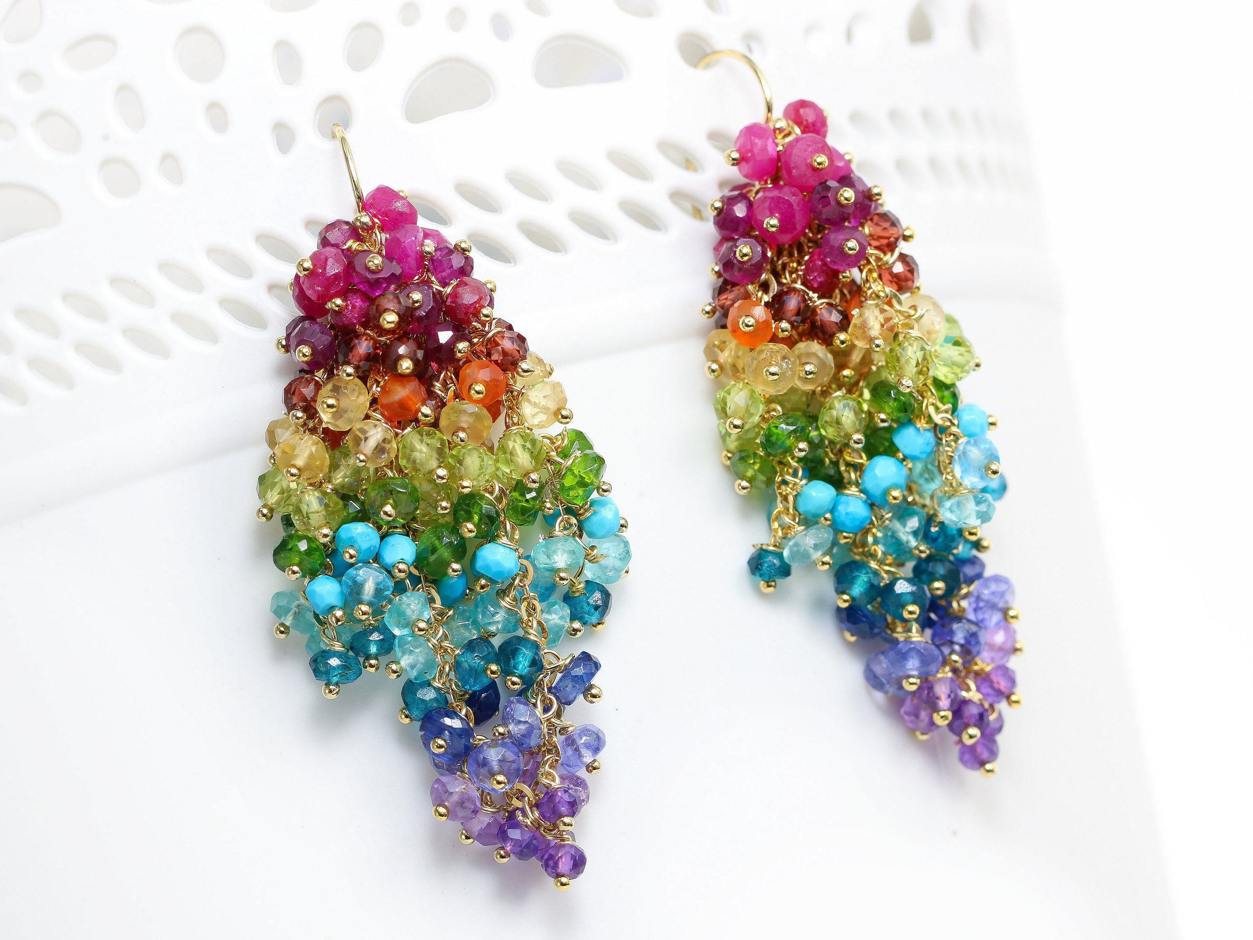 in lyst polly gallery sapphire jewelry earrings wales pinched fan rainbow gold