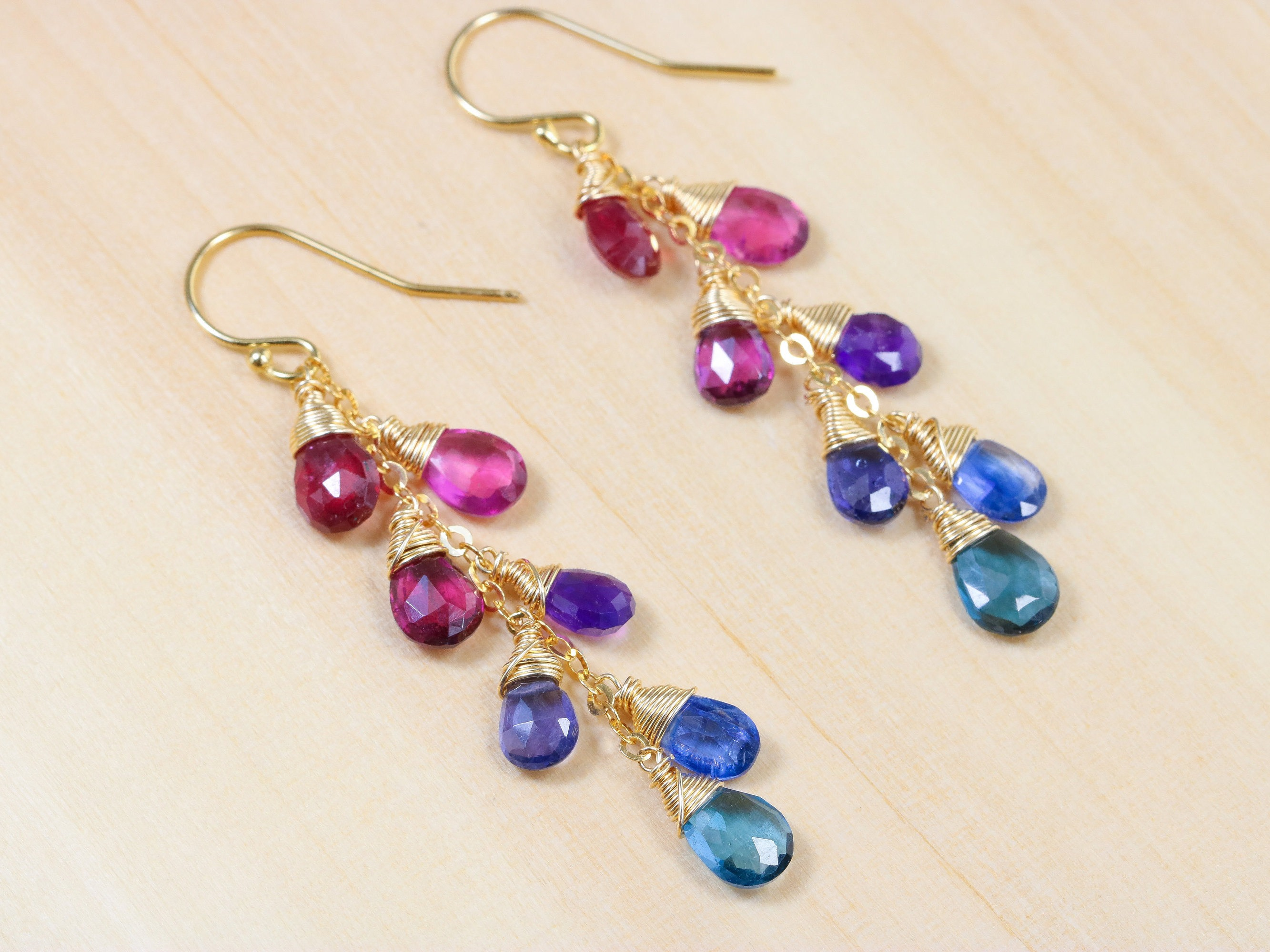 rainbow polly wales fan jewelry lyst sapphire earrings gallery pinched gold in