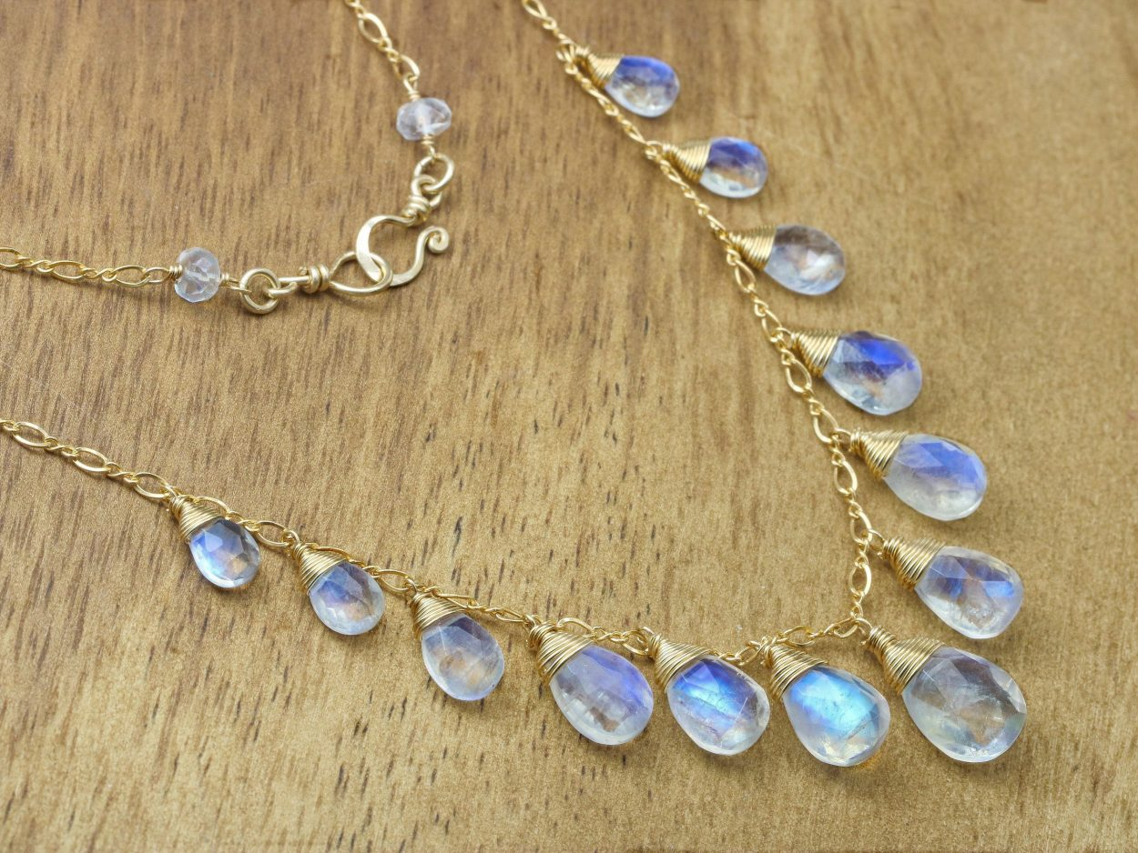 Rainbow Moonstone Drop Pendant XL in 14ky Gold